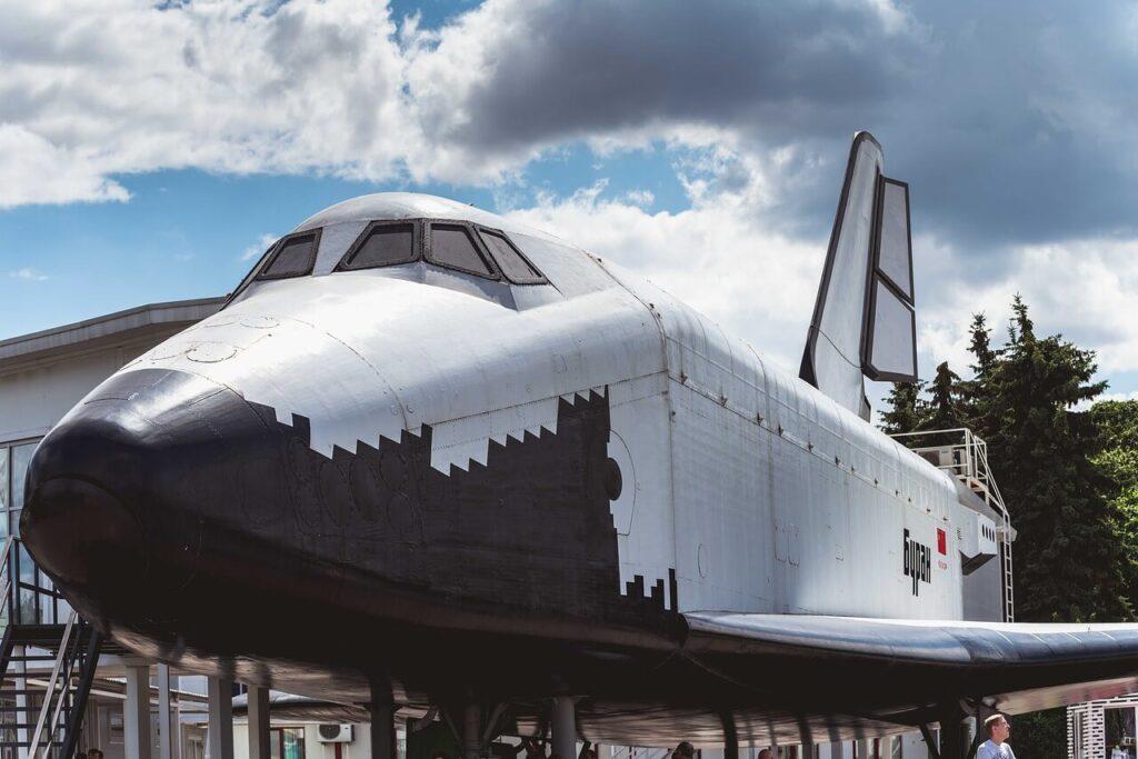 Buran Sovyetler birliğinin uzay mekiği - uzay mekiği ne işe yarar