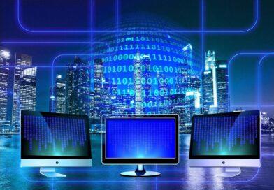 Bilgisayarlar arası iletişim monitörlerin içine giren ikili kodlar ve bilgi transferi